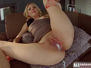 Allinternal Betty Lynn gets a messy creampie