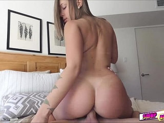 Liza Rowe love fucking elsas dad in her bedroom