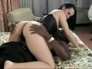 Amazing ass and tits on a milf that love black dick