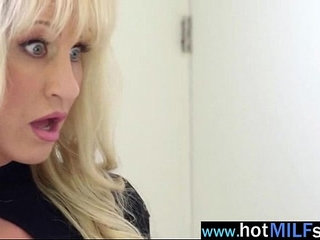 ryan conner hot milf like to bang with big monster cock stud vid
